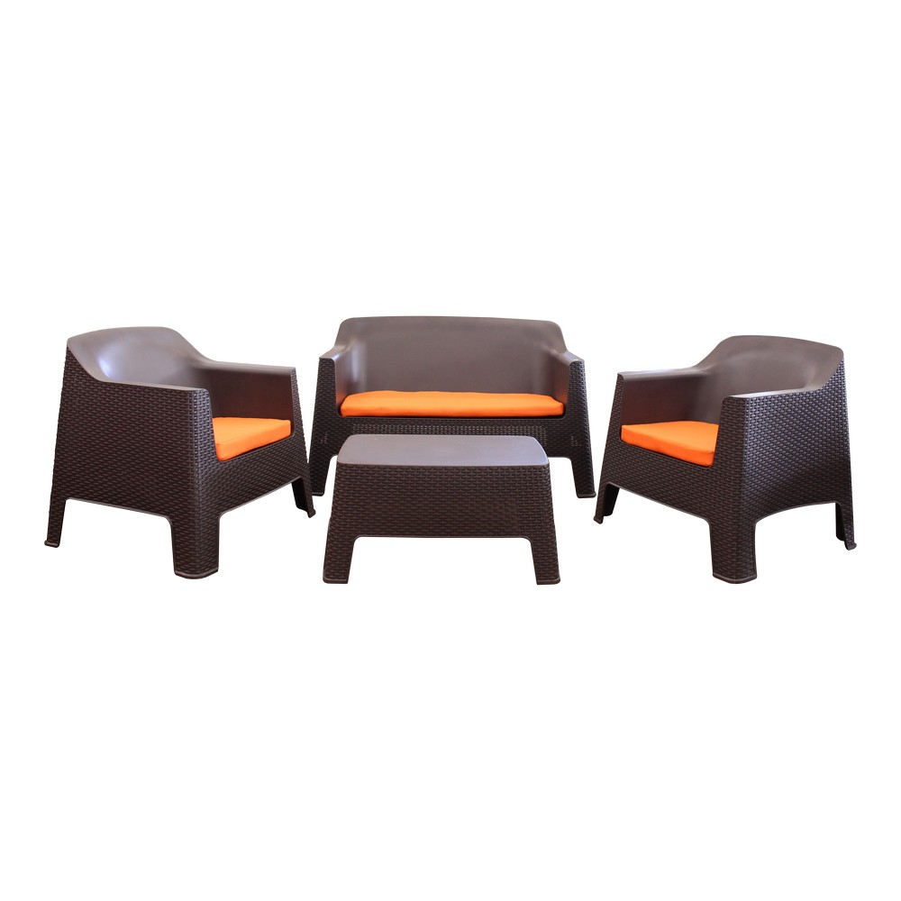 Mueble de sala ratt n caf pl stico con cojines naranja for Muebles de sala 3 piezas