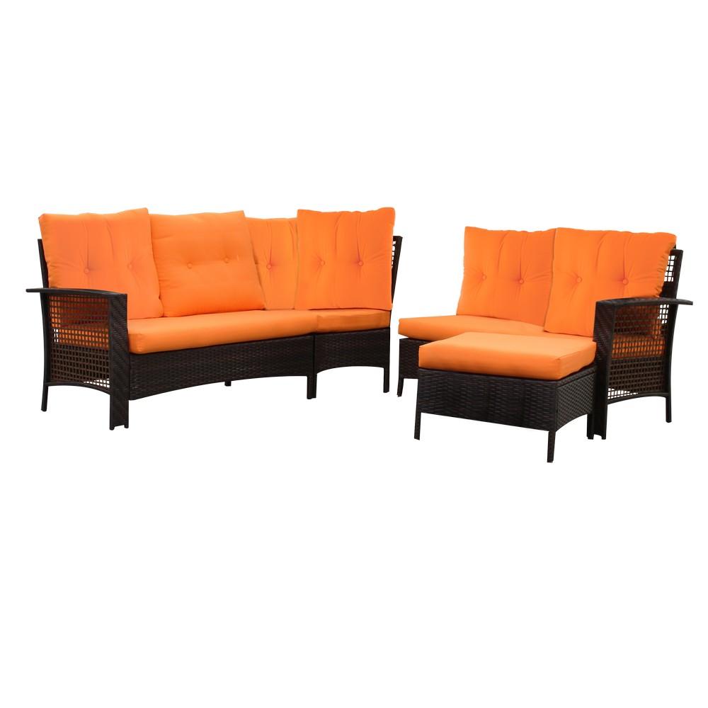 Mueble de sala rattán café con cojines naranja