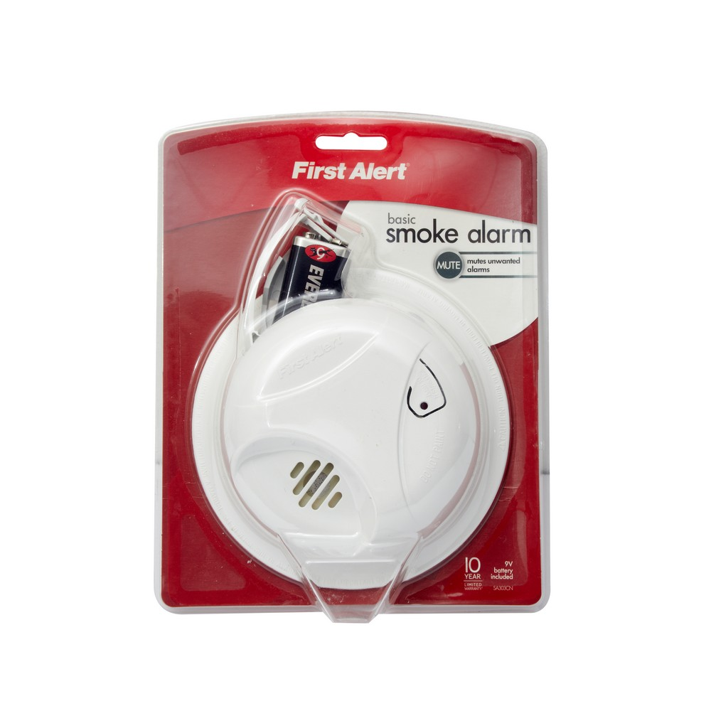 Alarma detectora de humo, con batería de 9 voltios.